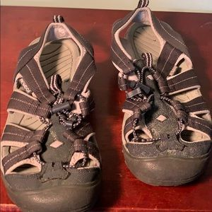 nevados Shoes - Well loved nevados closed toed sandals
